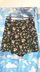 オリーブ美品バラ柄短パンキュロットプリーツスカート