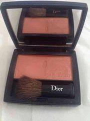 Dior �`�[�N 553