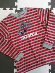 ナイキNIKE☆美品1回着ロンT(130/赤ボーダー)長袖Tシャツ
