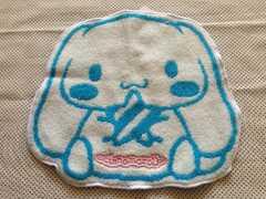 シナモロール未使用顔型ダイカットプチタオル☆サンリオシナモン