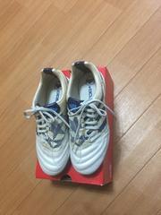 adidasシューズ!22.5cm