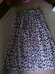 リボン柄の可愛いスカート64シワ加工のお手入れ簡単