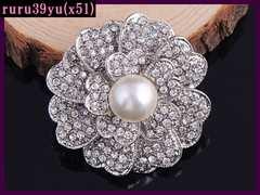 x51/大人気キラキラ輝く銀薔薇&真珠のブローチ/送料120円s