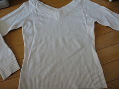 【美品】 Vネック薄地セーター USED品 ホワイト