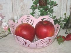 薔薇・ローズの透かし模様の小物入れ ピンク
