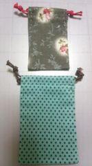 ハンドメイド 布製ミニ巾着2枚セット�A 4×6.5cm&5×7.5cm