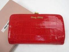 E10455■正規本物ミュウミュウ■がま口財布■ルージュ色