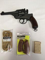 モデルガン二十六年式拳銃-箱説明書付き木製グリップ&ランヤード