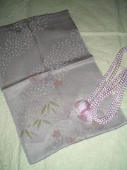 扇笹紋様縮みの帯揚げと丸組帯締め