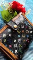 正規品必見人気のブラックマルチがま口財布