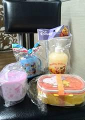 新品☆子供用キャラクター☆コップ&弁当箱&詰め替え容器4セット