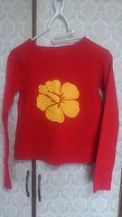 即決アルバローザバックゴムプリント 赤いトレーナ胸元ロゴ