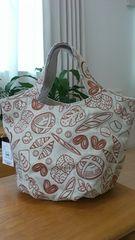 新品タグつき*ROOTOTE/ルートート*大人可愛いパン柄刺繍トートバッグ