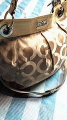 鑑定済COACHオプアート人気の斜め掛け2wayバッグ