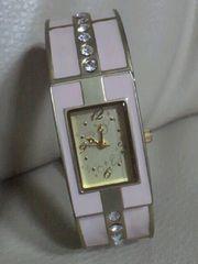 【used*美品質】ダイアモンド絵柄*ブレスレット型腕時計