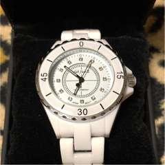 シャネル好きに ホワイトセラミック メタルバンド 腕時計