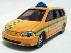 絶版トミカ��101 オデッセイ ワゴンタクシー