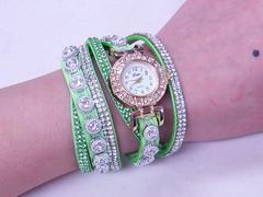 腕時計 レディース おしゃれ  かっこいい  グリーンロングベル
