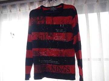 赤と黒の横ジマのTシャツ メンズ長袖(L)!