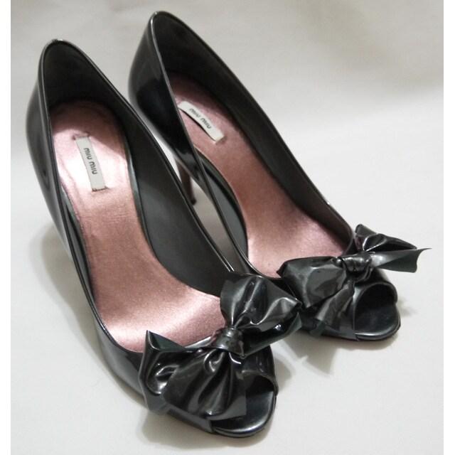 ミュウミュウmiu miuパテントレザーリボンハイヒール靴#35黒  < ブランドの