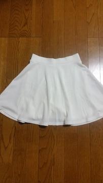 GU未使用フレアースカート