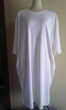 白サイドスリットTシャツワンピース3L〜4L新品