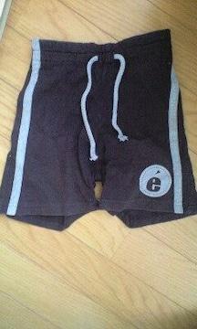 黒の半ズボン(男の子用サイズ90)