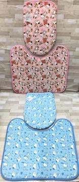 『スヌーピー』洗浄、暖房用トイレマット&フタカバーセット1組