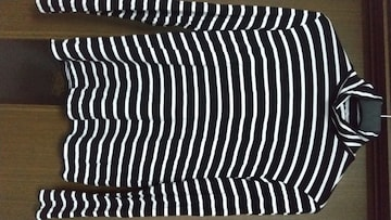H&M◆白×黒のボーダー◆ハイネック長T◆Mサイズ〜新品未使用