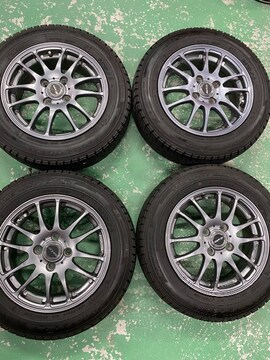 1082753激安国産グッドイヤ-スタッドレスタイヤアルミホイ-ルセット165/70R14送料無料