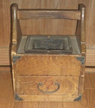 昭和レトロ木製タバコケース&灰皿です。