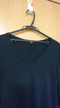 XL / 黒Vネックセーター