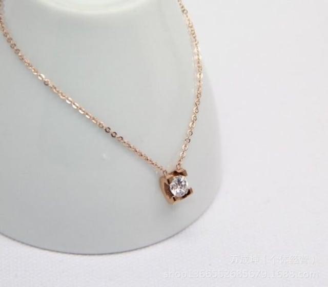 18Kピンクゴールド鍍金CZダイヤ四爪ネックレス < 女性アクセサリー/時計の