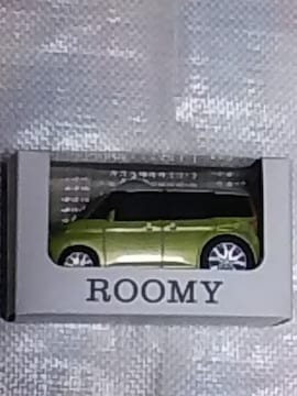 貴重!トヨタ    ROOMYのミニカー   未使用