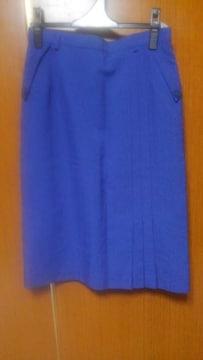 ∞ブルーのスカート