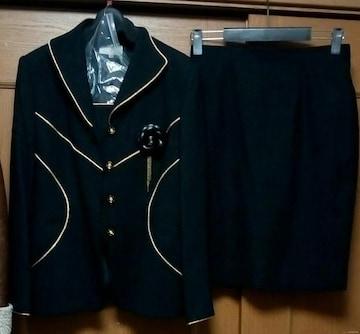 新品☆15号かっこいい高級フォーマルスーツ☆黒ラメゴールド