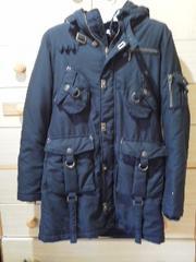 セシルマクビーライナーはふんわりボアでとても暖かいコート