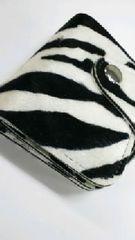 新品◆ゼブラ柄◆財布◆二つ折り短財布◆BK×WH◆