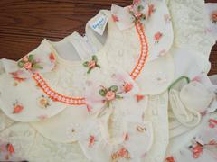 値下げ新品 リボン花柄 クリーム系 パニエ付きドレス 発表会や御祝い