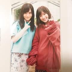 AKB48 11月のアンクレット タワーレコード写真 山本彩 渡辺麻友