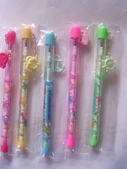 キンダーガーテン柄ロケット鉛筆 5色 5本未使用品