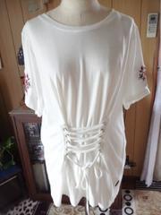新品袖刺繍編み上げTシャツ3L