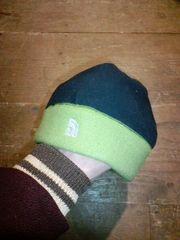 ノースフェイスネイビー×グリーンツートンフリースニット帽