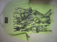 DBL アメリカンフォトプリントとラメが格好良い半袖Tシャツ/M~L/黄緑地