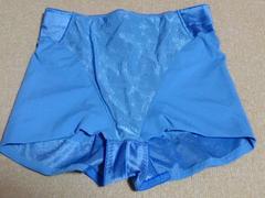 送料込み/ワコール2回洗濯済みガードル.ブルー系.サイズ70未使用品