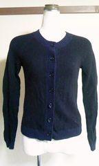ユニクロバイカラー黒&ネイビー羊毛Sカーディガン