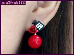 r113/可愛い薔薇&香水瓶スタッドピアス/レッド