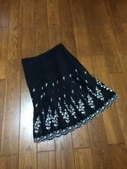 【美品即決】専門店◆Black&刺繍◆上質シフォンスカート