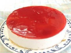 イチゴアイスケーキ