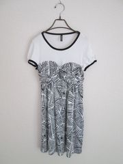 即決/ユニクロ/サテンTシャツ半袖ドッキングワンピース/黒×白/M